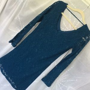 Stretchy lace teal v neck dress long sleeves M 8
